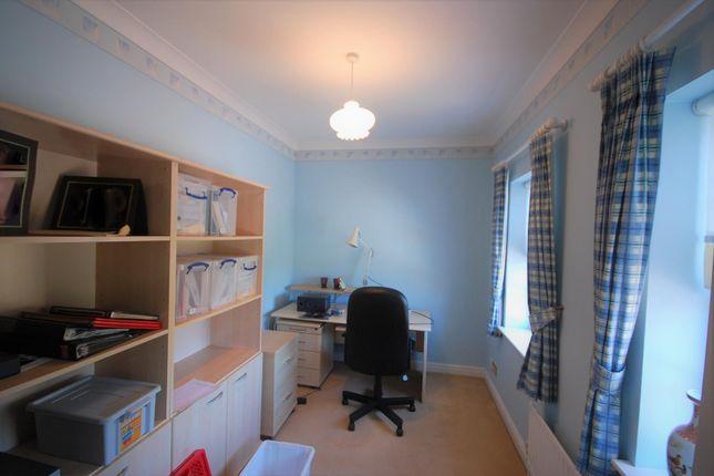Bed 4 of Mallow Walk, St James Parish, Goffs Oak EN7