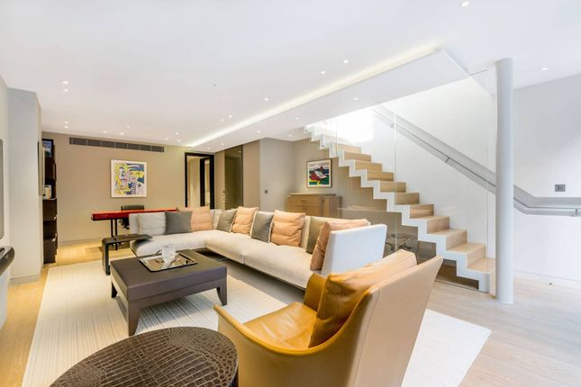 Thumbnail Property to rent in Chapel Street, Belgravia