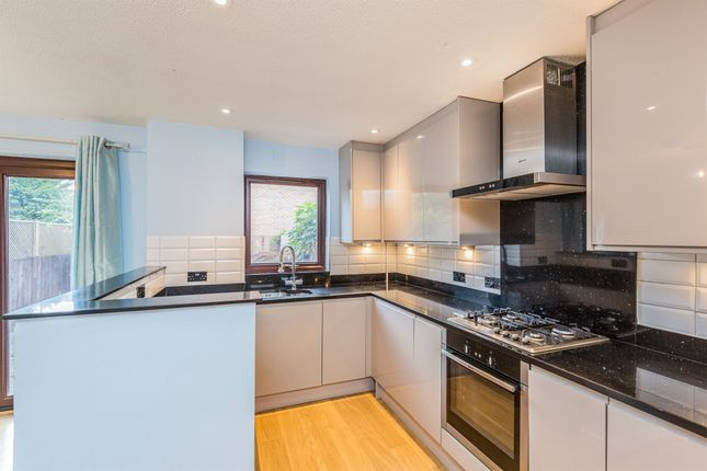 Thumbnail Terraced house for sale in Rownham Mead, Hotwells, Bristol