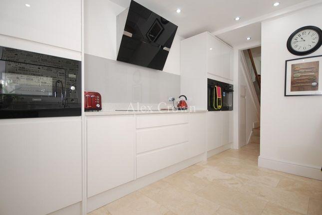 Thumbnail Semi-detached house to rent in Oakwood Avenue, London