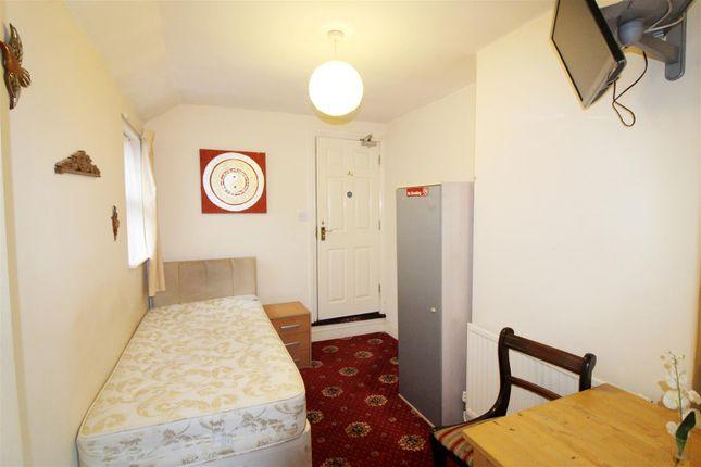 Room Three of Caversham Road, Reading, Berkshire RG1