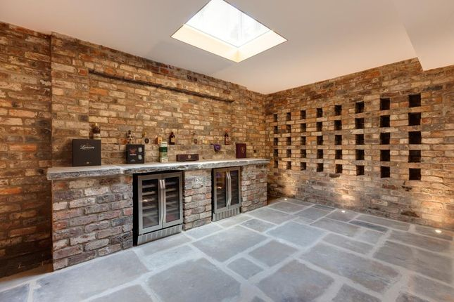 Wine Room of Henrys Orchard, Church Street, Eckington, Sheffield S21