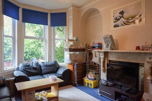 Thumbnail Flat to rent in Regent Park Terrace, Leeds