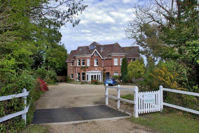 2 bed maisonette to rent in Brockenhurst, Hampshire
