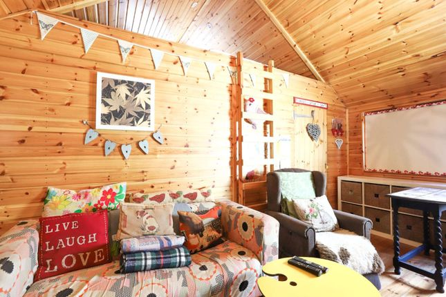Log Cabin of Silver Birch Drive, Baldovie, Broughty Ferry, Dundee DD5