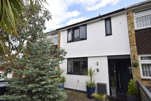 Thumbnail Terraced house to rent in Poplar Road, Hanham, Bristol