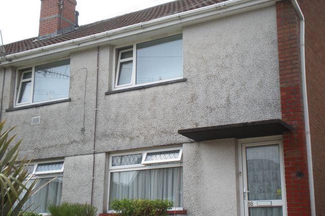 Thumbnail Flat to rent in Maesgwyn, Cwmdare, Aberdare