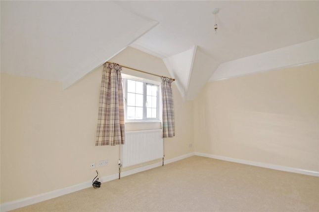 Picture No. 14 of Marshfield Cottages, Blunsdon, Swindon, Swindon, Wiltshire SN26
