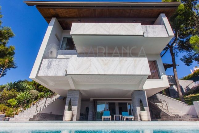 Thumbnail Detached house for sale in Carcavelos E Parede, Carcavelos E Parede, Cascais