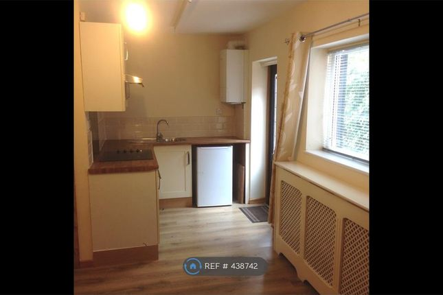 Thumbnail Flat to rent in Riddings Road, Timperley