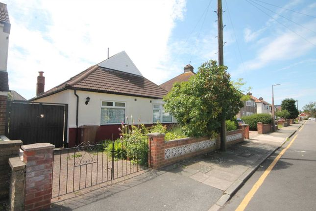 Thumbnail Bungalow for sale in Somersham Road, Bexleyheath