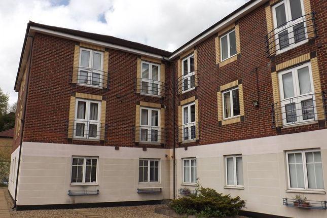 Thumbnail Flat to rent in Brighton Road, 124, Croydon