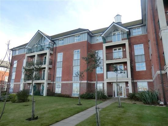 Thumbnail Flat to rent in Victoria Mansions Newton Drive, Blackpool