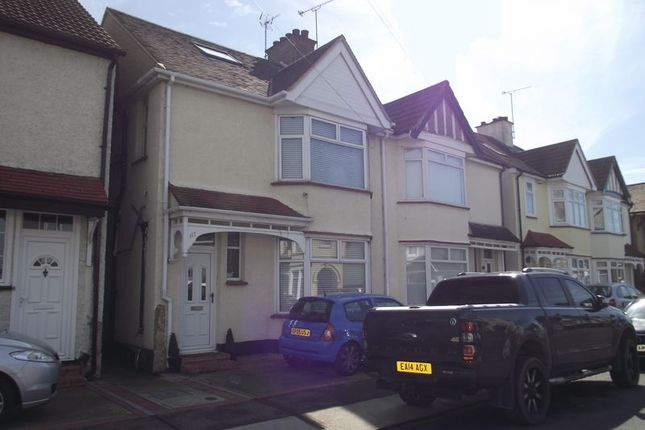 Thumbnail Semi-detached house to rent in Richmond Avenue, Shoeburyness, Southend-On-Sea
