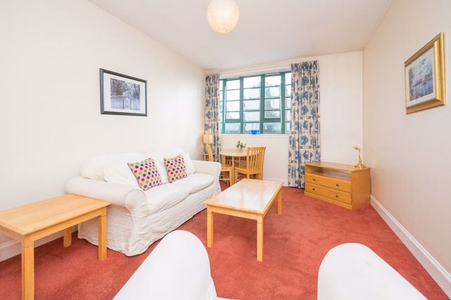 Thumbnail 2 bed flat to rent in Bonnington Road, Bonnington