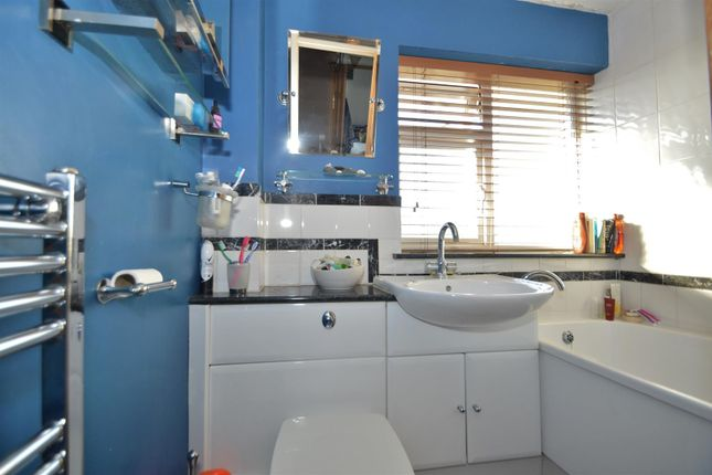 # Bathroom of Temple Way, East Malling, West Malling ME19