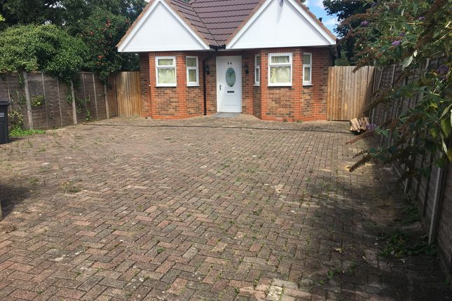 Thumbnail Bungalow for sale in Capron Road, Luton