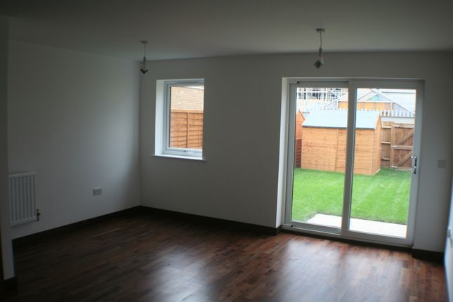 Thumbnail Terraced house to rent in Cromwell Road, Cambridge