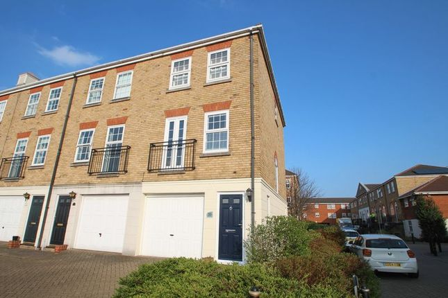 Thumbnail End terrace house to rent in Frobisher Way, Greenhithe