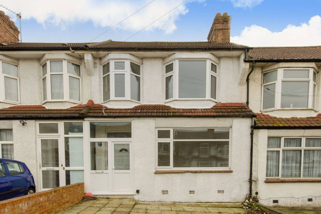 Thumbnail Property for sale in Bexhill Road, Bounds Green