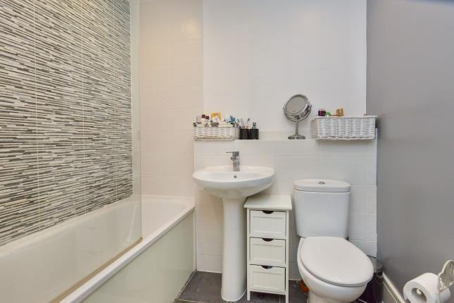 Bathroom of Bowling Green Close, Bletchley, Milton Keynes, Buckinghamshire MK2