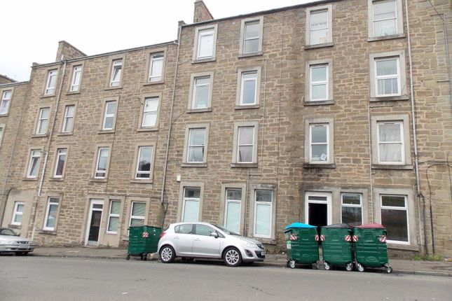 Thumbnail Flat to rent in Isla Street, Dundee