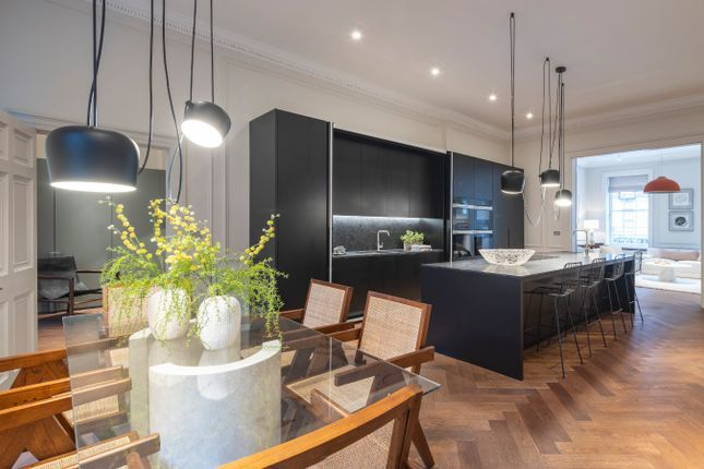 Thumbnail Flat for sale in Devonshire Place, Marylebone, London