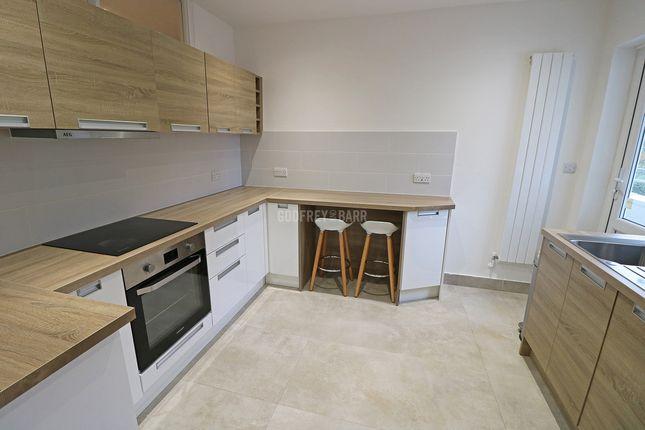 3 bed flat for sale in Lyttelton Road, London N2