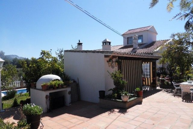 Image of Calle Frigiliana, 29649, Málaga, Spain