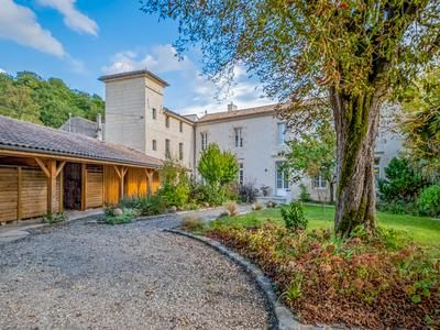 Thumbnail Villa for sale in Bordeaux, Gironde, France