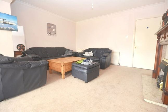Thumbnail Property to rent in Pield Heath Road, Uxbridge