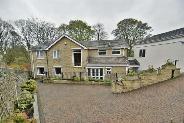 Thumbnail Detached house for sale in Malvern Brow, Bradford, West Yorkshire