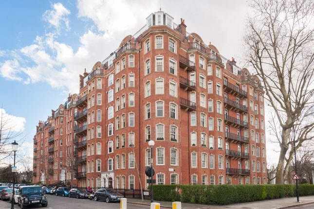 Thumbnail Flat for sale in Oakwood Court, Holland Park