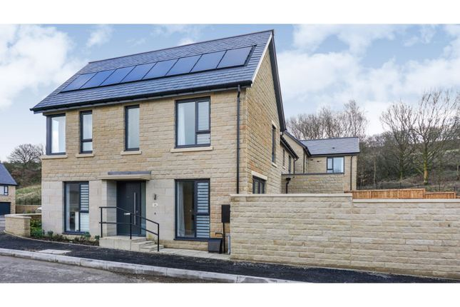 Thumbnail Semi-detached house for sale in Linnet Way, Stannington