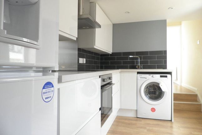 Thumbnail Flat to rent in George Street, Hove