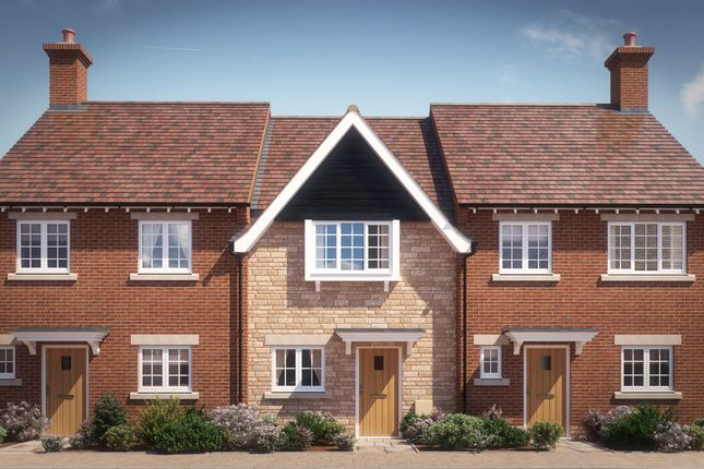 Thumbnail Terraced house for sale in Chearsley Road, Long Crendon, Aylesbury