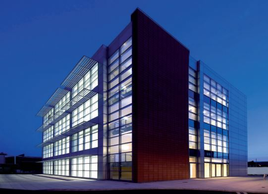 Thumbnail Office to let in Farnham Road, Slough