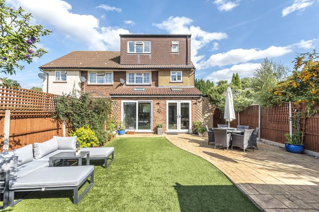 Picture No. 11 of Great Central Avenue, Ruislip, Middlesex HA4
