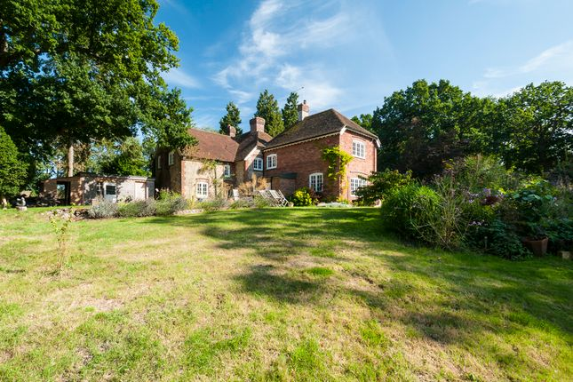 Thumbnail Detached house for sale in Nettlepole Lane, Pluckley