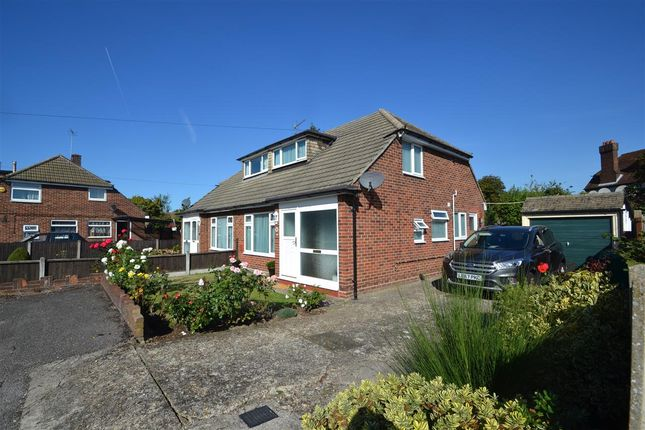 Thumbnail Bungalow for sale in Lindsay Close, Stanwell, Staines