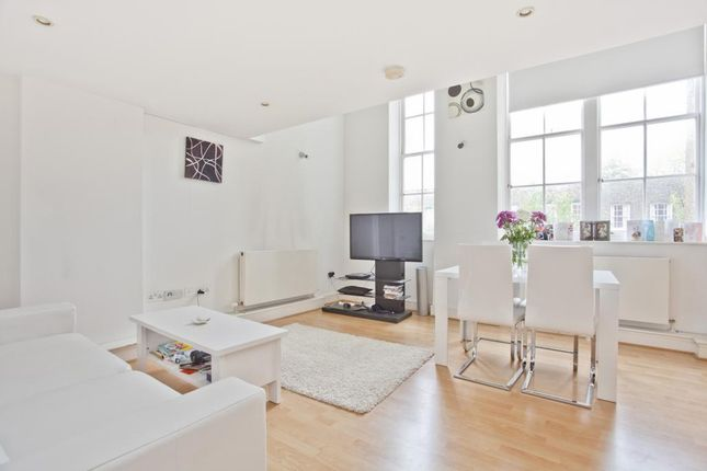 Thumbnail Flat to rent in Batchelor Street, Angel