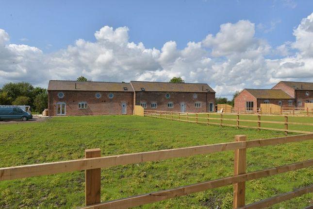 Thumbnail Barn conversion for sale in Rushy Lane, Barthomley, Crewe, Cheshire