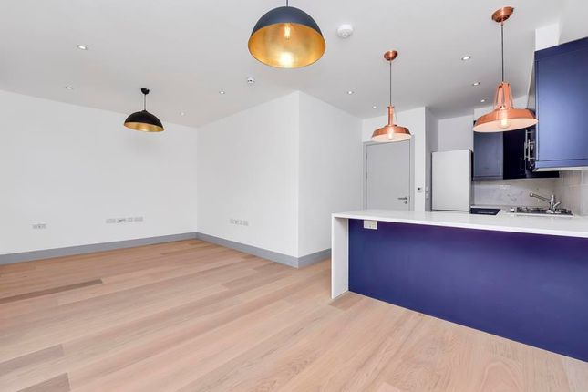Thumbnail Flat to rent in Castlebar Road, Ealing, London