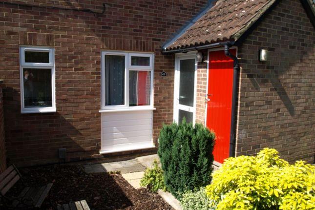 1 bed maisonette to rent in Vesey Close, Farnborough GU14