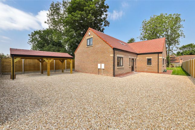 4 bed bungalow for sale in Front Street, Ulceby DN39