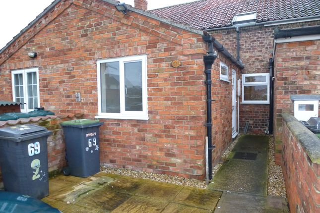 Thumbnail Terraced house to rent in Victoria Street, Billinghay, Lincoln