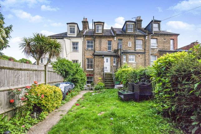 1 bed flat to rent in Stanmore Terrace, Beckenham