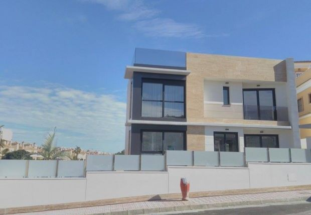 Show House Special Offer, Villamartin, Alicante, 03193