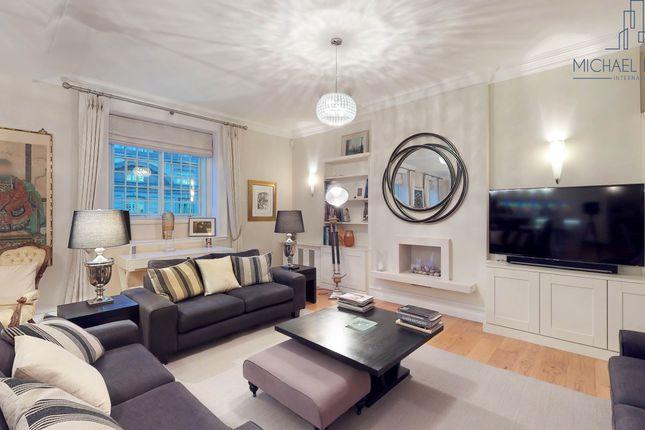 Lounge of 42 Kingsway, Fitzrovia, London WC2B