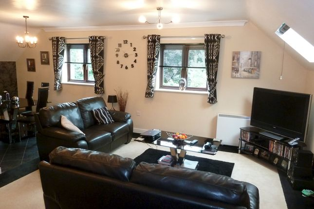 Thumbnail Flat to rent in The Greaves, Minworth, Sutton Coldfield